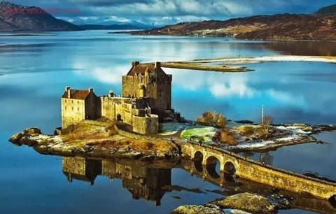قلعه آلین دونن,آلین دونن,سفر به اسکاتلند