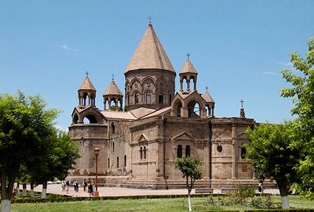 کلیسای اچیمیادزین,تصاویر کلیسای اچیمیادزین,کلیسای اچیمیادزین در ارمنستان