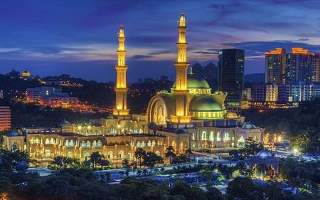 زمان مناسب برای بازدید از مسجد فدرال, زمان بازدید از مسجد فدرال, مکان های دیدنی در نزدیکی مسجد فدرال