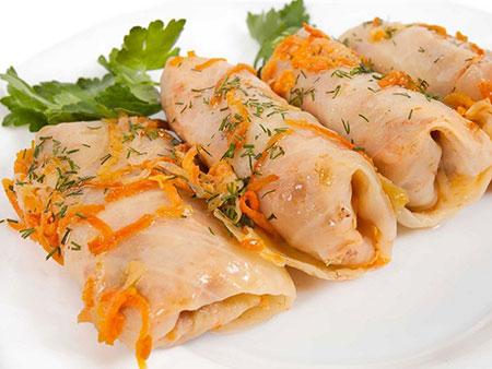 غذاهای معروف کشورهای جهان,خوردنی های سنت پترزبورگ,خوشمزهترین غذاهای سنت پترزبورگ