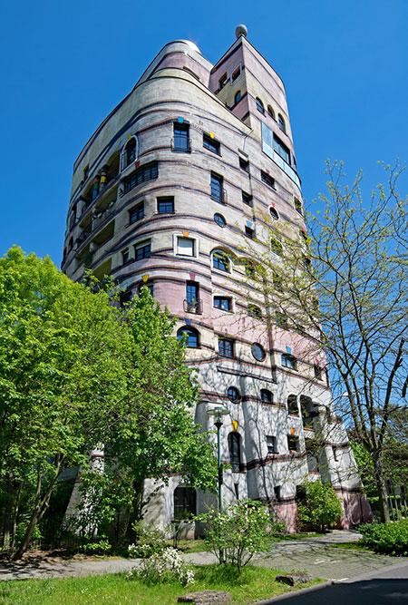 جنگل مارپیچی آلمان,تصاویر جنگل مارپیچی آلمان,ساختمان های عجیب آلمان