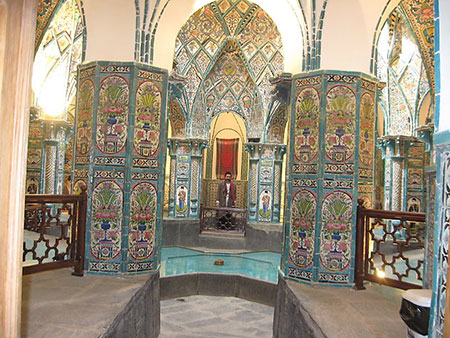 حمام چهار فصل,آشنایی با حمام چهار فصل,بنای حمام چهار فصل