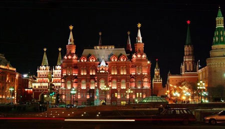 جاذبه های گردشگری روسیه,معرفی جاذبه های گردشگری روسیه,کاخ کرملین