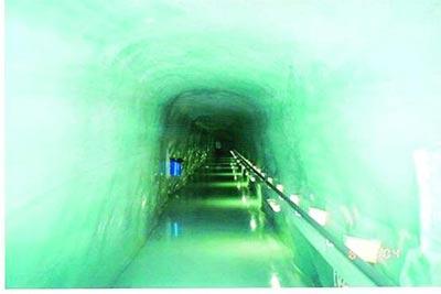 تونل ,عجیب ترین تونل های جهان,شگفت انگیزترین تونل های جهان,تونل لائردال