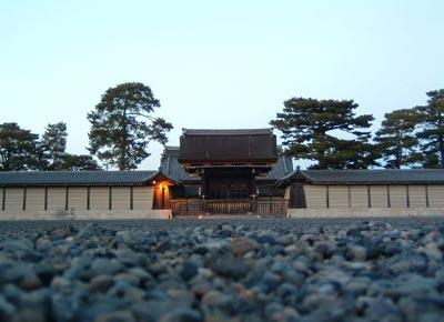 کاخ سلطنتی کیوتو ژاپن, کاخ سلطنتی توکیو, عکس کاخ سلطنتی کیوتو ژاپن, مکانهای تاریخی ژاپن, مکانهای گردشگری ژاپن, قصر سلطنتی کیوتو ژاپن