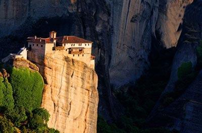 ترسناک ترین جاذبه های گردشگری دنیا,وحشتناک ترین جاذبه های گردشگری جهان,مکانهایی عجیب گردشگری