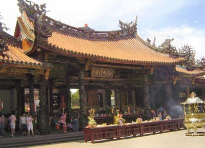 معبد منگجا لونگشان,تصاویر معبد منگجا لونگشان,معبد منگجا لونگشان در تایوان