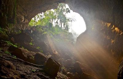 غارهای شگفت انگیز تایلند,غارهای شگفت انگیز