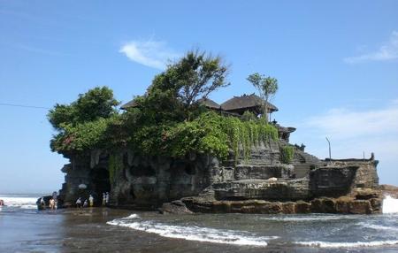 معبد لوط در بالی,معبد لوط در اندونزی,تصاویر معبد لوط در بالی