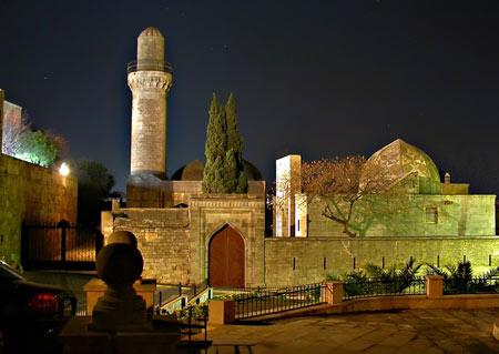 کاخ شیروان شاه,کاخ شیروان شاه در باکو,کاخ شیروان شاه در آدربایجان