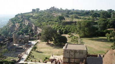 قلعه چیتورگاه,قلعه چیتورگاه در هند,قلعه باستانی چیتورگاه