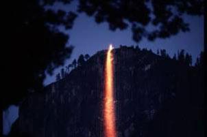 آبشار,آبشار آتشین,زیباترین آبشارهای جهان