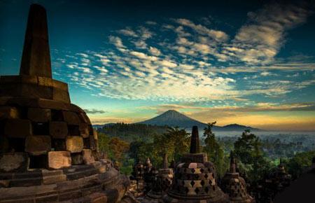 مجسمههای باستانی,معبد ماهایانا بودا,مجسمه های معبد ماهایانا بودا