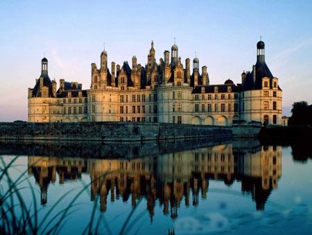 قلعه,معروف ترین قلعه های دنیا,زیباترین قصرهای جهان