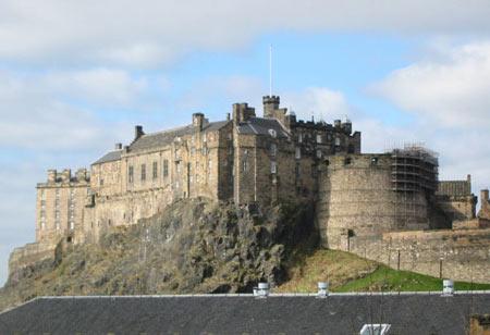 قلعهی ادینبورگ,تصاویر قلعهی ادینبورگ,قلعهی ادینبورگ در اسکاتلند(http://www.oojal.rzb.ir/post/1116)