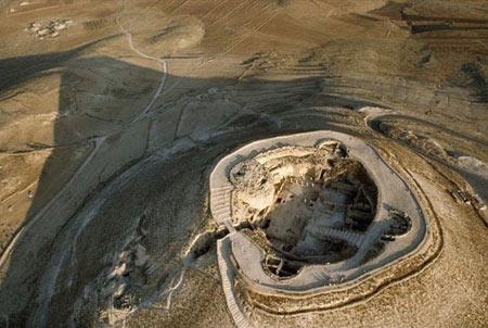 قلعه هیرودیس,آرامگاه سلطنتی پادشاه هیرودیس,کاخ پادشاه هیرودیس در اورشلیم