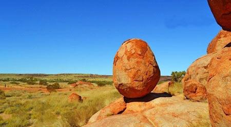 دره,دره karlu karlu,مکانهای دیدنی استرالیا