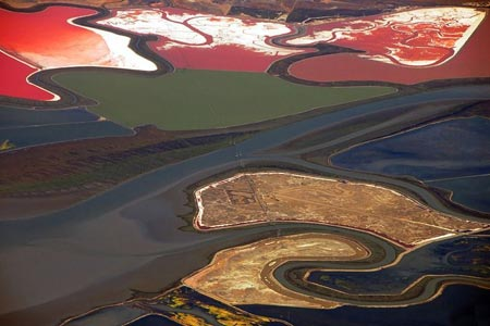 استخرهای رنگارنگ نمک,مراحل تولید نمک,تصاویر فرآیند تولید نمک