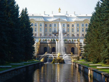 باغ پترهوف,کاخ پترهوف, کاخ پترهوف در روسیه