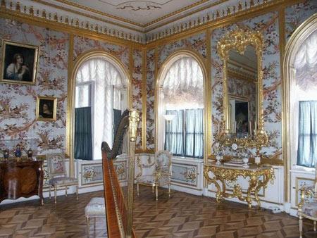 کاخ پترهوف, باغ پترهوف, تصاویر کاخ پترهوف در روسیه