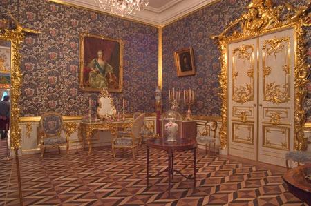کاخ پترهوف, باغ پترهوف, کاخ پترهوف در روسیه