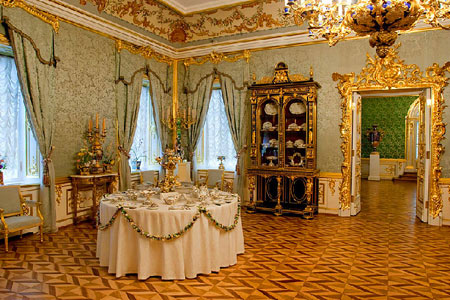 باغ پترهوف,کاخ پترهوف,کاخ پترهوف در روسیه