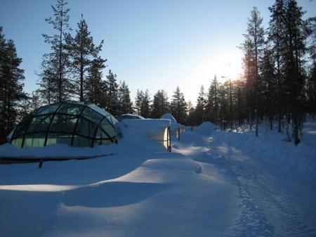 روستای اسکیمو,دیدنی های فنلاند, کلبه های شیشه ای روستای اسکیمو
