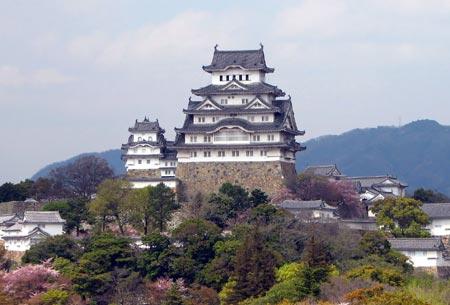 قصر هیمه جی,عکس های قصر هیمه جی در ژاپن,قصر درنای سفید
