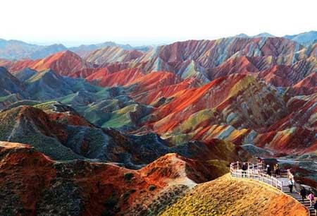 کوههای رنگی در چین,صخره های رنگی,صخره های Danxia در چین