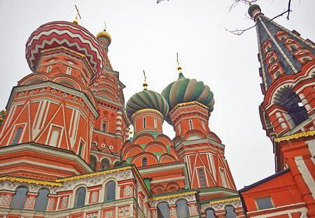 کلیسای سنت باسیل, نمای بیرونی کلیسای سنت باسیل, عکس کلیسای سنت باسیل