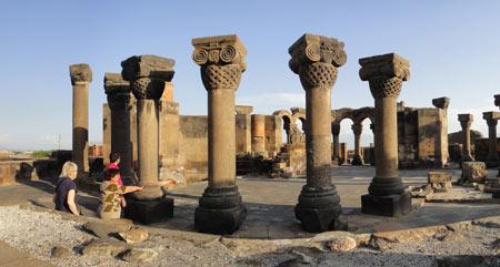 کلیسای جامع زوارتنوتس در ارمنستان,کلیسای جامع زوارتنوتس,عکس های کلیسای جامع زوارتنوتس