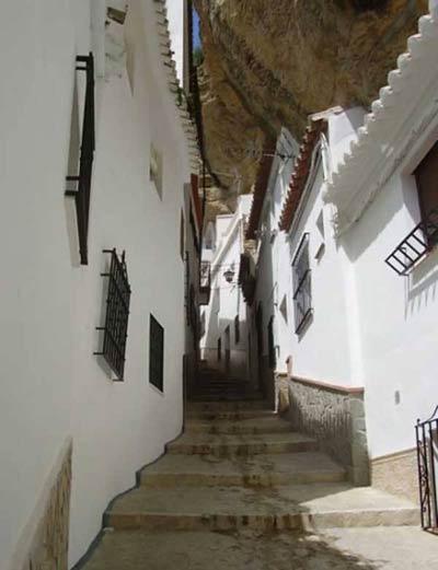 روستای Setenil,جاذبه های توریستی اسپانیا