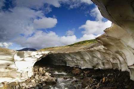 گردشگری,غار یخی كامچاتكا,گردشگری طبیعی