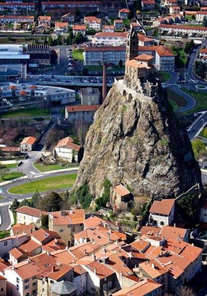 گردشگری: کلیسای سنت میشل در فرانسه