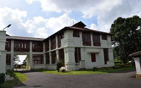 موزه هیل پالاس,موزه هیل پالاس در هند,عکس های موزه هیل پالاس