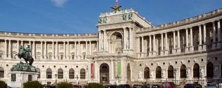 کاخ هافبورگ,هافبورگ,جاذبه های گردشگری اتریش