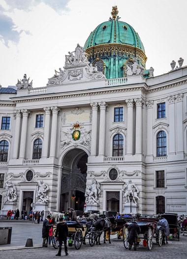 کاخ هافبورگ,هافبورگ,معروف ترین کاخ ها در دنیا