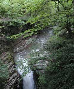زیباترین آبشارهای ایران,آبشار ویسادار