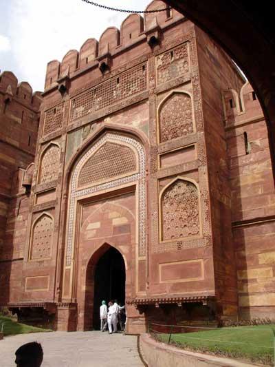 قلعه آگره,مکانهای تارخی هند