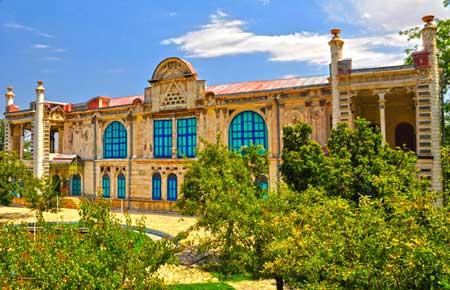 کاخ موزه ماکو,روستای  باغچه جوق,ساختمان قصر باغچه جوق,