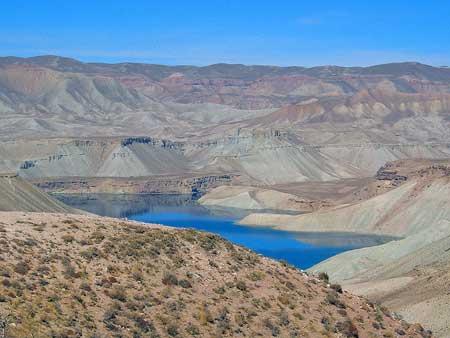 دریاچه های رنگی ایران,دریلچه های رنگی جهان,گردشگری