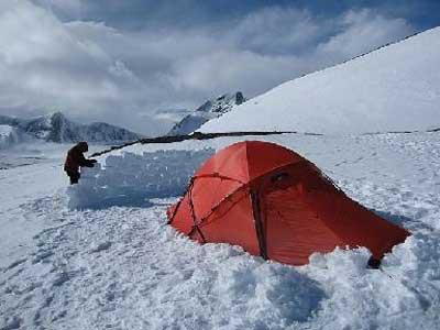 کمپ زدن در برف,کمپ زدن,آموزش کمپ زدن