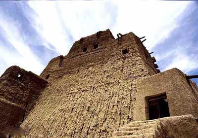 تاريخي: سالمترین قلعه ایران را ببینید!