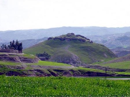 پشت قلعه آبدانان,گردشگری ايلام
