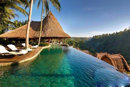 بر بال های جزیره,جزایر بالی,گردشگری,تور گردشگری