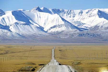 قرقیزستان,مکانهای تفریحی قرقیزستان,گردشگری