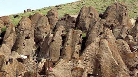هتل صخرهای کندوان, روستای کندوان,