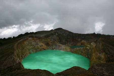دریاچهی دیدنی در اقصی نقاط جهان,زیباترین دریاچه های جهان