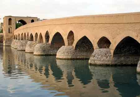 پل های تاریخی ایران,پل های ایران,گردشگری,تور گردشگری