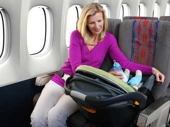 مسافرت هوايي رفتن با نوزاد
